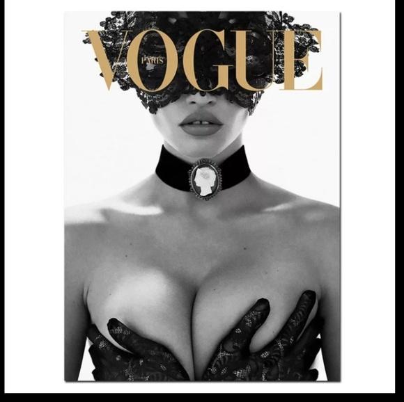 Vogue Other - Luxury Vogue Canvas Print